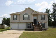 2 Alexander Loop Phenix City AL, 36869