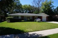 606 South Owen Street Mount Prospect IL, 60056