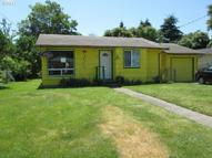 11922 Ne Holladay St Portland OR, 97220