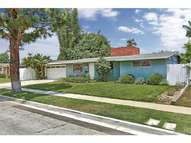 290 Rose Ln Costa Mesa CA, 92627