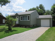 838 Longfellow Ave, Wood River IL, 62095