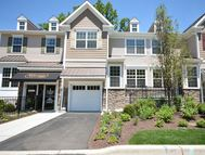 14 Masterson Court 307 Waldwick NJ, 07463