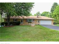44 Evelyn Dr Naugatuck CT, 06770