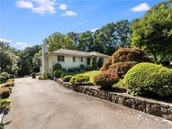 12 Perry Court Armonk NY, 10504