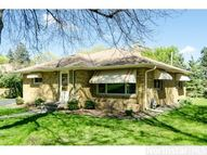 664 Montcalm Place Saint Paul MN, 55116