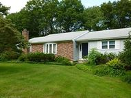 26 Pleasant Dr Bethany CT, 06524