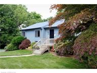 35 Crestwood Rd Extension Milford CT, 06460
