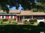 47 Teaneck Dr East Northport NY, 11731