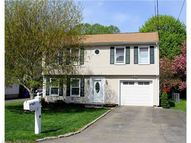 21 Catlin Pl Shelton CT, 06484