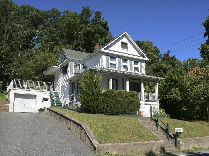 205 Mt Hope Ave Dover NJ, 07801