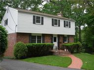 9 Woodland Terrace Pittsburgh PA, 15229