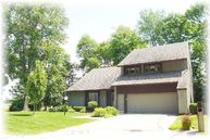 32 Lakewood Dr Wind Point WI, 53402