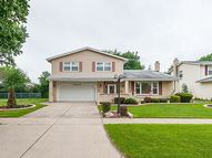 1086 North King Charles Court Palatine IL, 60067