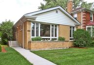 6245 North Keeler Avenue Chicago IL, 60646