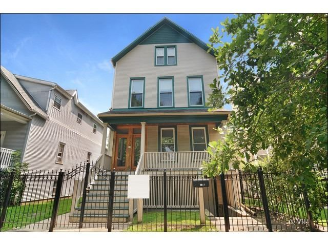1949 West Henderson Street Chicago IL, 60657