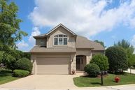 840 Breton Lakes Drive Willowbrook IL, 60527