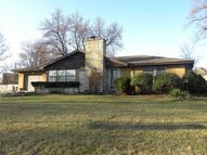 17w141 Hodges Road Oakbrook Terrace IL, 60181