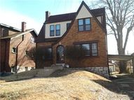 8624 Drury Lane Saint Louis MO, 63147
