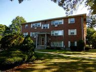 20 Donna Dr New Haven CT, 06513