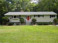 483 Halliwell Ave Orange CT, 06477