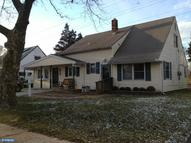 46 North Park Dr Levittown PA, 19054