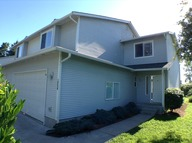 1205 Frontier Cir. E Unit B Lake Stevens WA, 98258