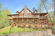915 Statham Way Gatlinburg TN, 37738