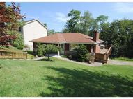 2655 Winchester Drive Pittsburgh PA, 15220