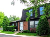 1136 Inverrary Lane Deerfield IL, 60015