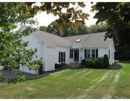 9 Carriage Path Uxbridge MA, 01569