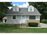 18507 Invermere Ave Cleveland OH, 44122