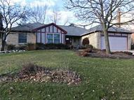 245 Pepper Tree Lane Rochester Hills MI, 48309