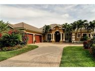5930 Barclay Ln Naples FL, 34110