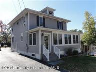 208 Maple Ave Clarks Summit PA, 18411