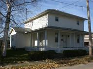 31 South Pearl St Columbiana OH, 44408