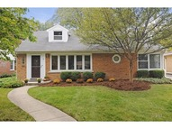 9 North Waverly Place Mount Prospect IL, 60056