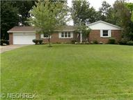 446 Arbor Cir Youngstown OH, 44505