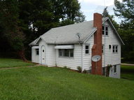 523 Harrison Avenue Franklin NC, 28734