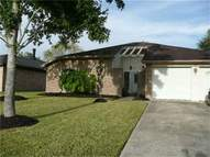 324 Knoll Forest Dr League City TX, 77573