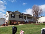58 Pinewood Circle Greeneville TN, 37745