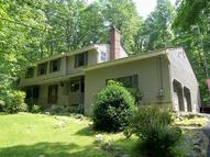 4 Country Ln Tewksbury Township NJ, 07830