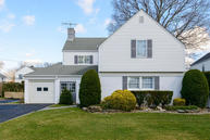 97 Kingsbury Garden City NY, 11530