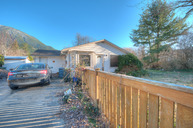 402 Orchard Avenue Ne North Bend WA, 98045