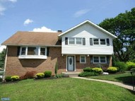 2408 Lindale Drive Reading PA, 19609