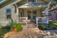 423 Queen Anne Ct San Antonio TX, 78209
