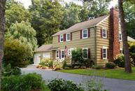 18 Clebourne Dr Rochester NY, 14625