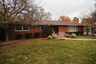 831 Marion Way Chicago Heights IL, 60411