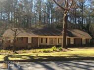 320 Carriage Dr Fayetteville GA, 30214