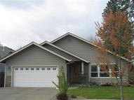 1502 Sw Waterstone Dr Grants Pass OR, 97527