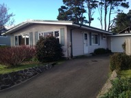 1451 Nw 19th St Lincoln City OR, 97367
